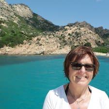 Françoise es SuperAnfitrión.