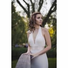 Carlee felhasználói profilja
