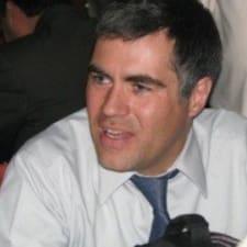 Nutzerprofil von Dr. Montaño
