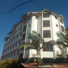 โพรไฟล์ผู้ใช้ Plus 254 Hotel