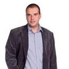 Dimitar的用户个人资料