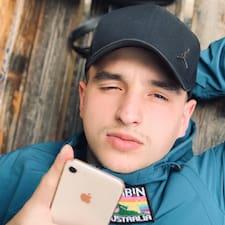 Aleksandr (萨沙) User Profile