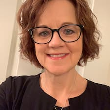 Потребителски профил на Debora