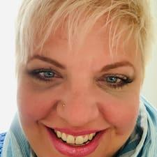 Jeannine User Profile
