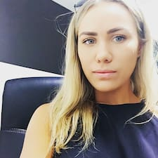 Kelly Bella User Profile