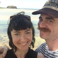 โพรไฟล์ผู้ใช้ David & Kathryn