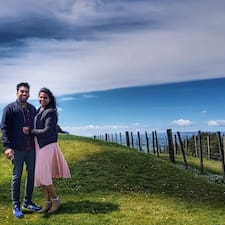 Nikhil & Julia Kullanıcı Profili