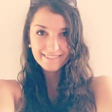 Danielaさんのプロフィール