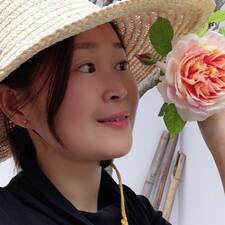 โพรไฟล์ผู้ใช้ Jingzi