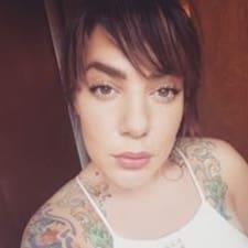 Profil korisnika Annelise