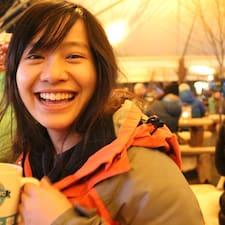 Thao Phuong felhasználói profilja
