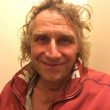 Profil Pengguna Hugh