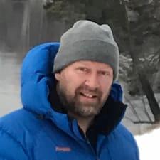 Lars Erik es un Superanfitrión