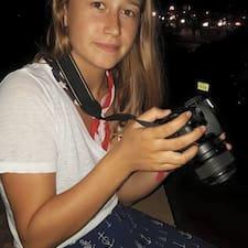 Profilo utente di Lesley-Ann