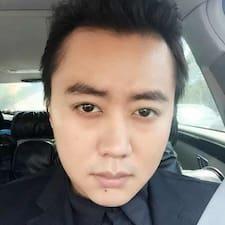 Το προφίλ του/της 浚益