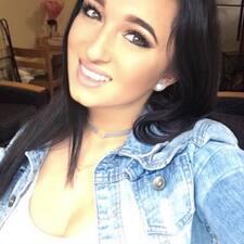 Profil utilisateur de Brittney M