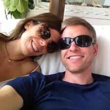 Profil Pengguna Todd & Eva