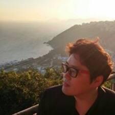 준영 felhasználói profilja