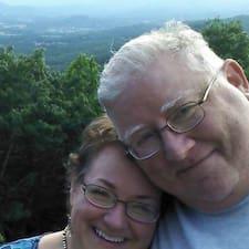 Dawn (& Michael) felhasználói profilja