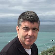 Declan felhasználói profilja