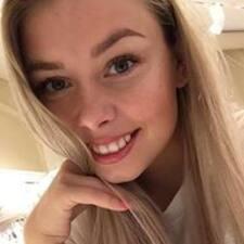 Profil Pengguna Amalie