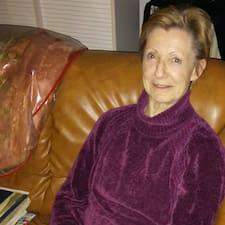 Profilo utente di Marie Dominique
