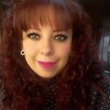 Paola Lucelia님의 사용자 프로필