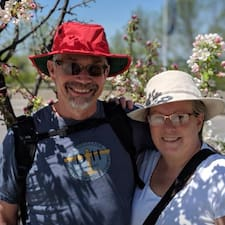 Nutzerprofil von Lynne Anne & Jim