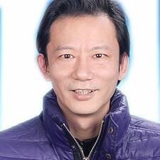 轶 User Profile