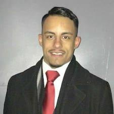 Emilio felhasználói profilja