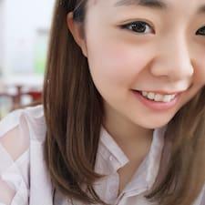 依云 User Profile