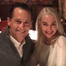 Terry & Julie的用戶個人資料