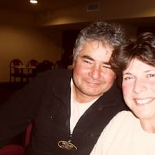 Profil Pengguna Paula & Luis