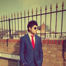 Profilo utente di Dhruv