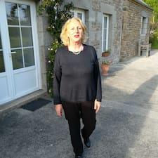 Catherine bir süper ev sahibi.