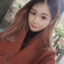 弯弯 felhasználói profilja