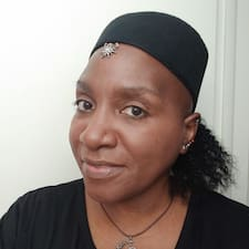 Profil korisnika Shirley A