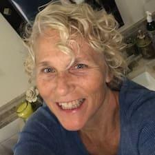 Cindy Leigh User Profile