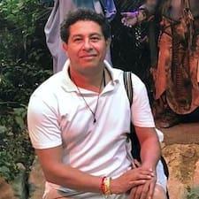 โพรไฟล์ผู้ใช้ Oscar Rubén