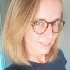 Profil korisnika Celine