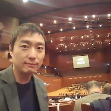 โพรไฟล์ผู้ใช้ Tae Kyung