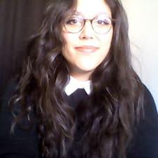 Marie-Axelle User Profile