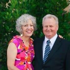 Sally & Ron felhasználói profilja