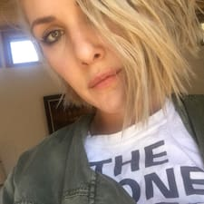 Sarah Nicole User Profile