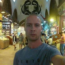 Profil Pengguna Riad