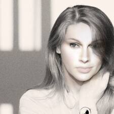 Profil Pengguna Dr.Med. Lisa Nadja