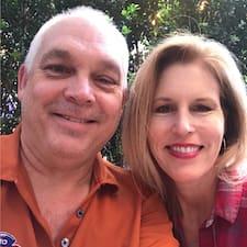 Sharon And Ed的用戶個人資料