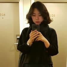 โพรไฟล์ผู้ใช้ Yeon Ji