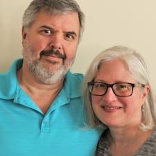 Profilo utente di Mike And Amanda