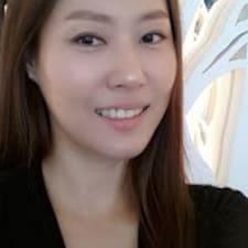 Obtén más información sobre Yoonhee